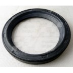 Image for OIL SEAL FRT HUB MGB/C & T/Cam