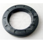 Image for OIL SEAL FRT HUB MIDGET